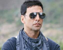 Bollywood star Akshay Kumar has supported the presence of Pakistani artistes in the Indian entertainment industry saying that they have brought diversity.