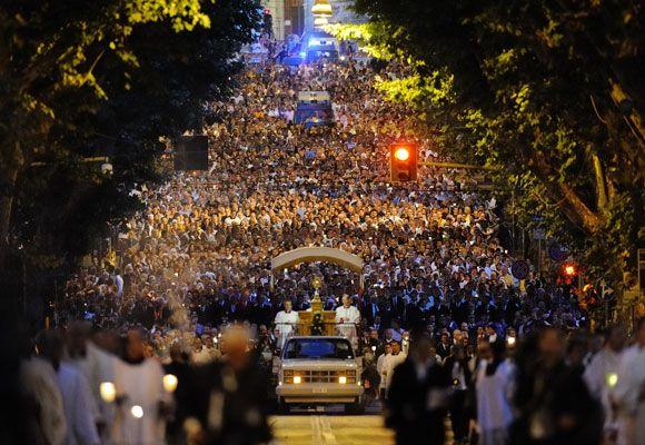 Feast of Corpus Christi   The Feast of Corpus Christi in Rome   DICI