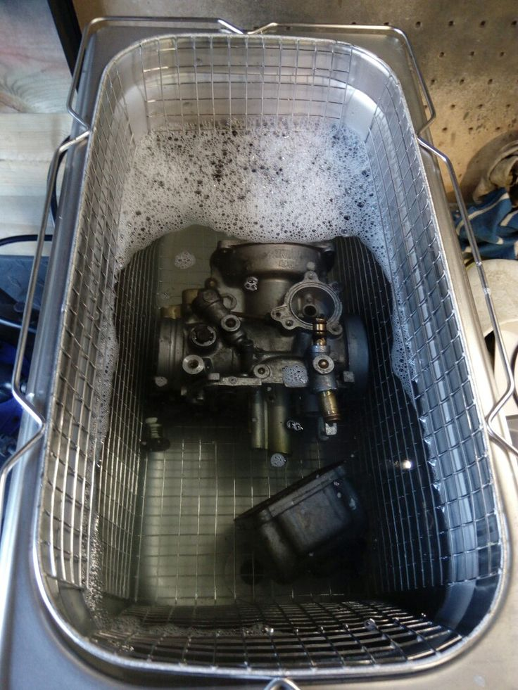 Ultrasonic cleaning of carb for suzuki intruder 1400cc #barnfind