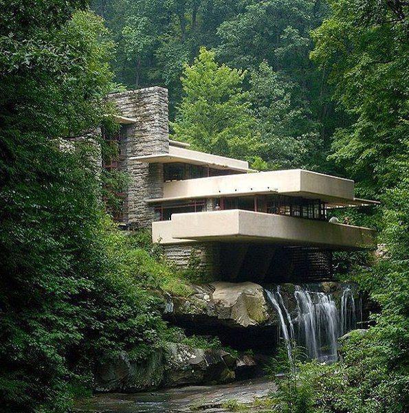 Дом над водопадом (Бер-Ран, Пенсильвания, США, 1939 г.)   Фрэнк Ллойд Райт – американский архитектор