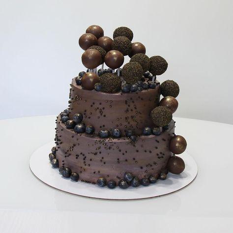 80 отметок «Нравится», 13 комментариев — Ирина Вендик (@irina.vendik) в Instagram: «Для моего любимого мужа 😊😘🎂 Я впервые делала #кейкпопсы )) их и съели в первую очередь ))) #торт…»