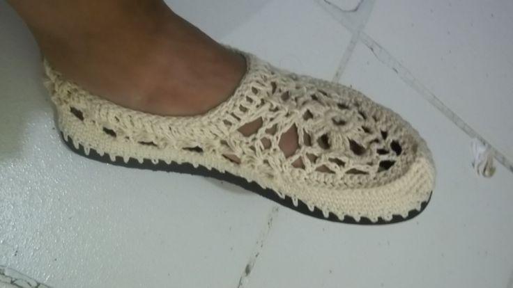 Zapatos crochet paso a paso ☂ᙓᖇᗴᔕᗩ ᖇᙓᔕ☂ᙓᘐᘎᓮ http://www.pinterest.com/teretegui