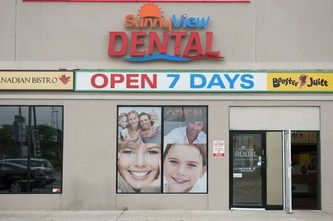http://dentistopensunday.weebly.com - Dentists open on Sunday SunnyView Dental is a dentist open on Sunday. If you have a dental emergency and need a dentist on Sunday, call now. https://www.facebook.com/bestfiver/posts/1435925569953747