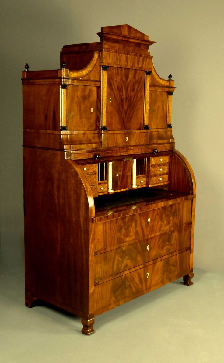 bureau secretaire dutch biedermeier circa 1825 30 secretaires bureau cabinets bonheur. Black Bedroom Furniture Sets. Home Design Ideas