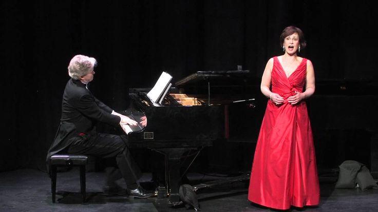 Donna Bennett performing An Chloe-by Mozart