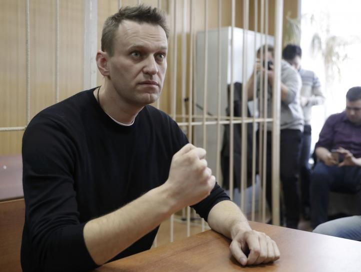 #world #news  Russian opposition leader Navalny jailed for 15 days over protest