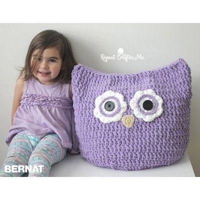 Oversized Owl Pillow | Free Crochet Pattern | Yarnspirations