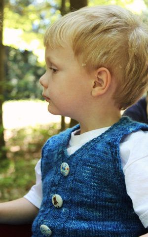 Free+Knitting+Pattern+-+Toddler+&+Children's+Clothes:+George's+Vest. So hipster it's adorable.