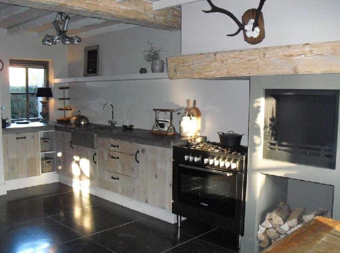 17 beste afbeeldingen over keuken voorbeelden op pinterest fornuis zwarte tegels en kasten - Redo keuken houten ...