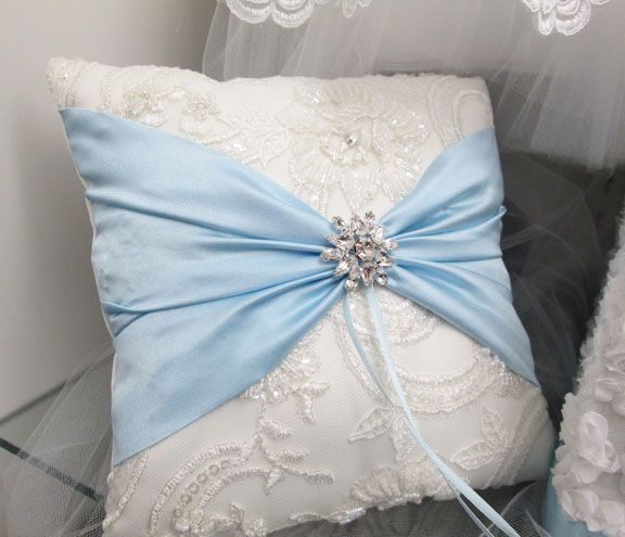 8 best Pillow images on Pinterest Ring bearer pillows Ring pillow