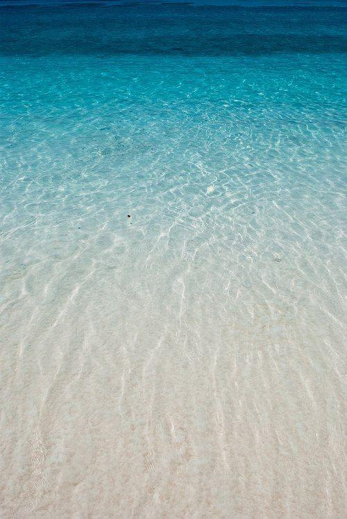 Clear blue ocean water ombre