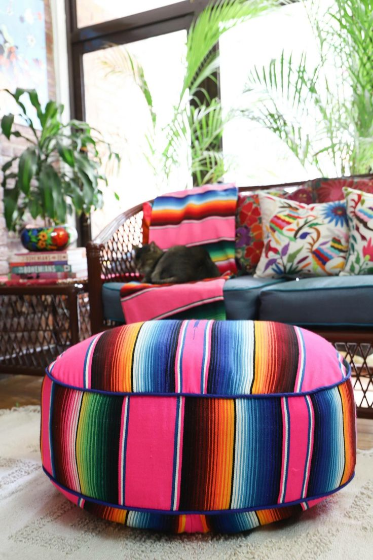 best 25 mexican blanket decor ideas on pinterest mexican bedroom decor boho throw blanket. Black Bedroom Furniture Sets. Home Design Ideas