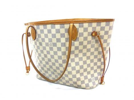 Je viens de mettre en vente cet article  : Sac à main en cuir Louis Vuitton 670,00 € http://www.videdressing.com/sacs-a-main-en-cuir/louis-vuitton/p-4434556.html?utm_source=pinterest&utm_medium=pinterest_share&utm_campaign=FR_Femme_Sacs_Sacs+en+cuir_4434556_pinterest_share