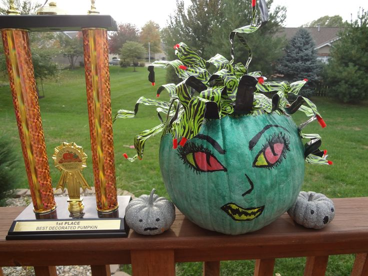 Painted pumpkin decorating contest winner: Medusa and her victims