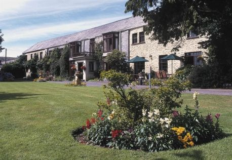 #RoomAuction Hotel: Trimstone Manor Country House Hotel is a beautiful Manor House in North Devon set in 44 acres of landscaped gardens and countryside -is situated five miles from Braunton, two miles from Woolacombe and South of Ilfracombe.
