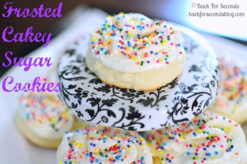 Frosted Cakey Sugar Cookies by Back For Seconds #lofthouse #sugarcookies http://backforsecondsblog.comDesserts Cookies, Cakey Cookies, Lofthouse Sugar Cookies, Cakey Sugar, Sugar Cookies Recipe, Cookies Cutters, Lofthouse Sugarcookies, Frostings Cakey, No Roll Sugar Cookies