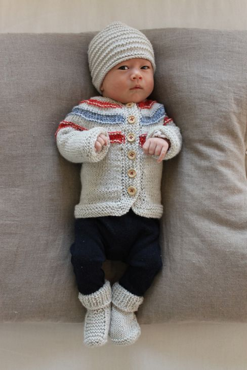 Newborn Knitting Patterns : 17 Best images about Knitting Patterns for Boys on Pinterest Free pattern, ...