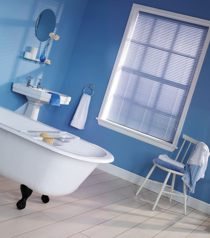 Fresh blue bathroom blind