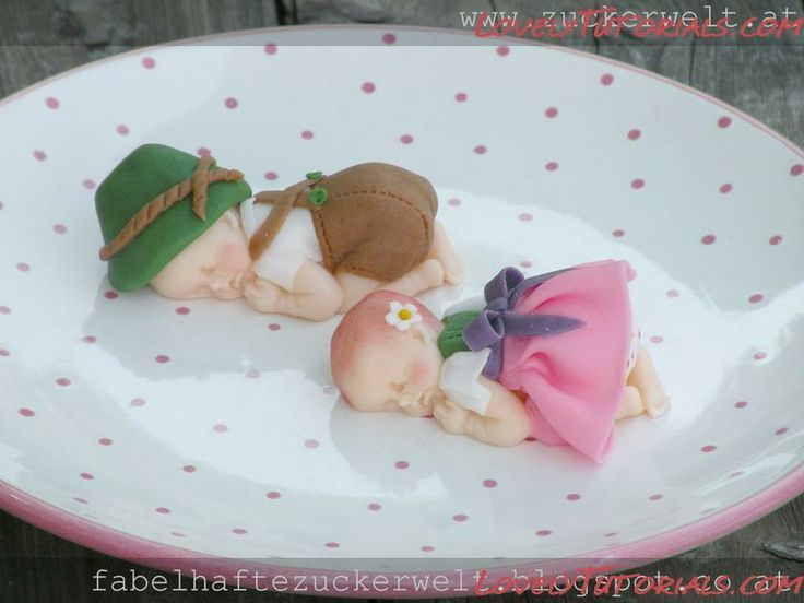 How to make a fondant baby using a silicone mould
