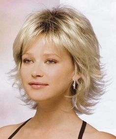 20 Cute And Easy Hairstyles for Short Hair   http://www.short-hairstyles.co/20-cute-and-easy-hairstyles-for-short-hair.html