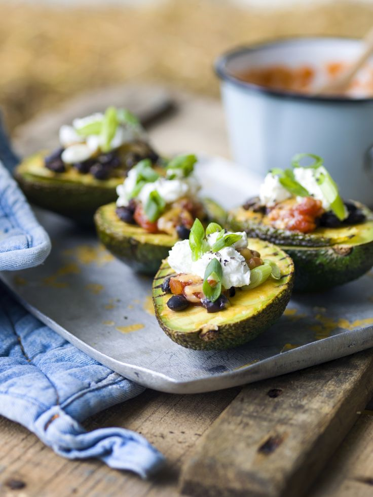 Gegrilde avocado's - Libelle Lekker