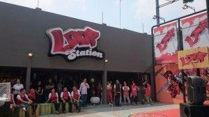 Loop Station. Loop adalah brand Telkomsel yang khusus membidik segmen konsumen remaja atau anak muda