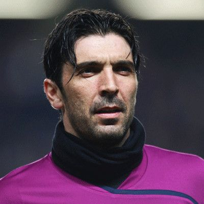 Gianluigi Buffon wiki, affair, married, Gay with age, height