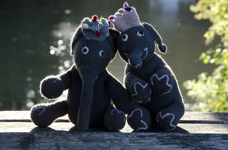 King and Queen elephants