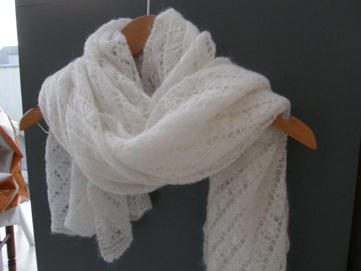 Un châle tricoté pour le cas où il ferait froid