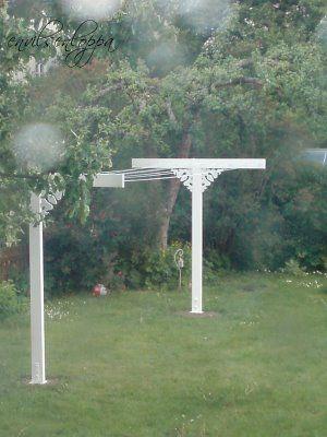 Stora Prästgården: Douglas och fågel - torkställning och skiss