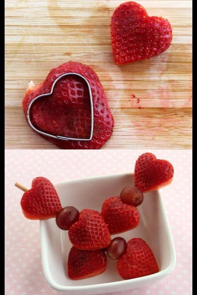 The Pampered Chef Creative Cutters Set! Valentines Day Fruit Kebobs!