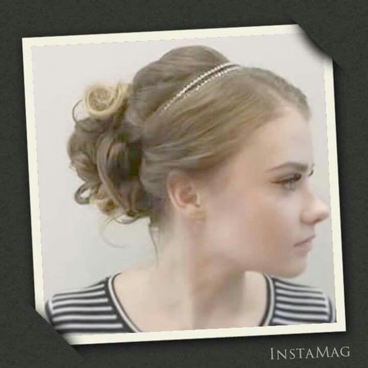 #juhlakampaus #hair accessories #prom #hairstyle #longhair #bun #tukkatalo