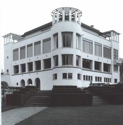 Villa Karma (1904-1906) Montreux. Architectes : Adolf Loos et Hugo Ehrlich. Considéré comme le premier grand projet de Loos bien qu'il en ait abandonné la réalisation.