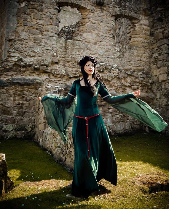 Lady Macbeth Dress Handmade Medieval Gothic Velvet LOTR Game