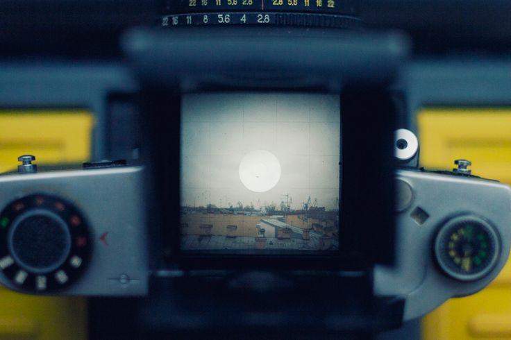 Фото барахолка - Среднеформатный пленочный фотоаппарат Киев 60 + Волна 3 80/2.8