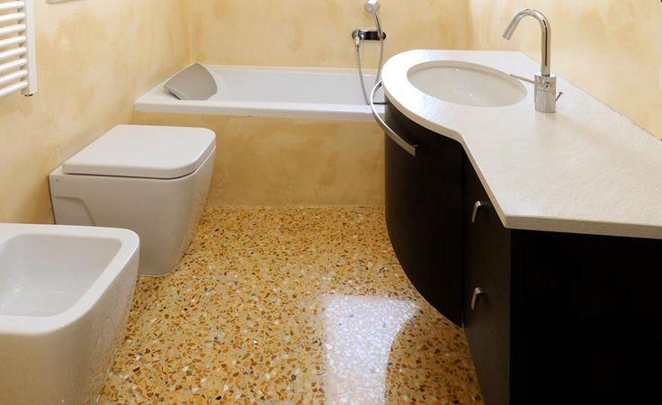 Terrazzo alla Veneziana in un bagno