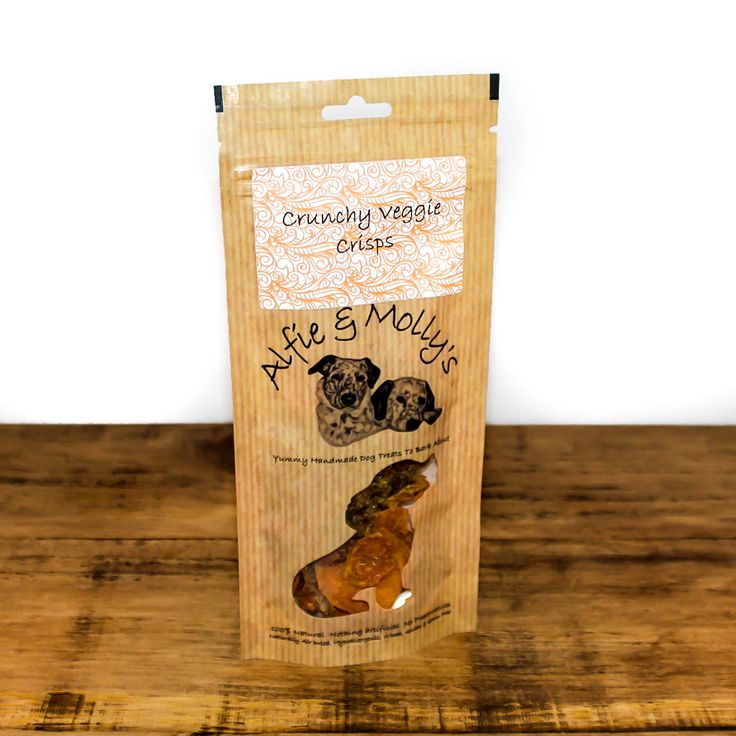 Crunchy Veggie Crisps from Alfie & Molly's. A delicious combination of carrot, sweet potato and butternut squash in an organic turmeric and organic raw coconut oil flavouring. Made in the UK.