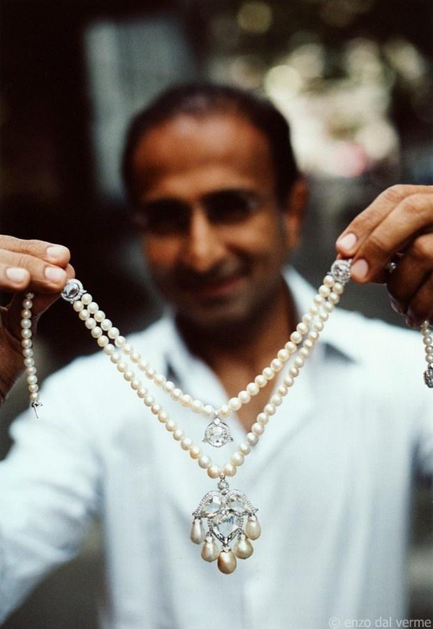 Viren Bhagat necklace
