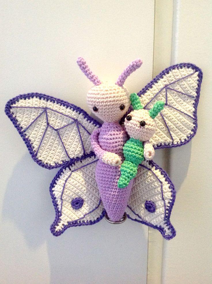 Vlinder Bree en Rups Calin gehaakt door Natalie van D - haakpatroon van Zabbez