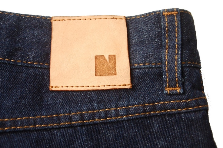 Nurmi jeans // vegetable tanned leather label cut with laser