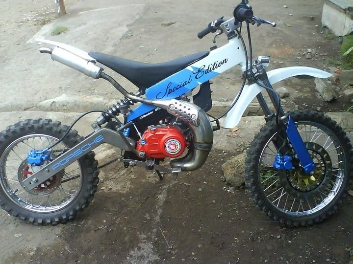 Trial Bike Yamaha F1zr Basic