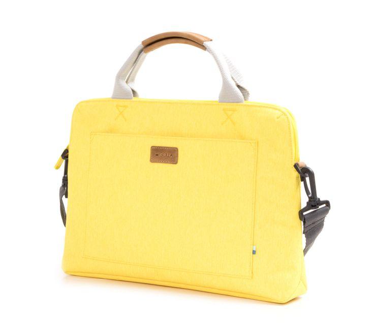 Golla Briefcase Polaris - Carry more, travel light.