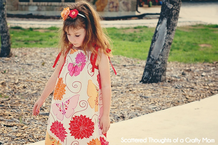 Scattered Thoughts of a Crafty Mom: Simple Shirred Sundress TutorialScattered Thoughts, Crafty Mom, Sewing Projects, Simple Shirring, Kids Fashion, Kids Outfit, Kids Clothing, Shirring Sundresses, Sundresses Tutorials