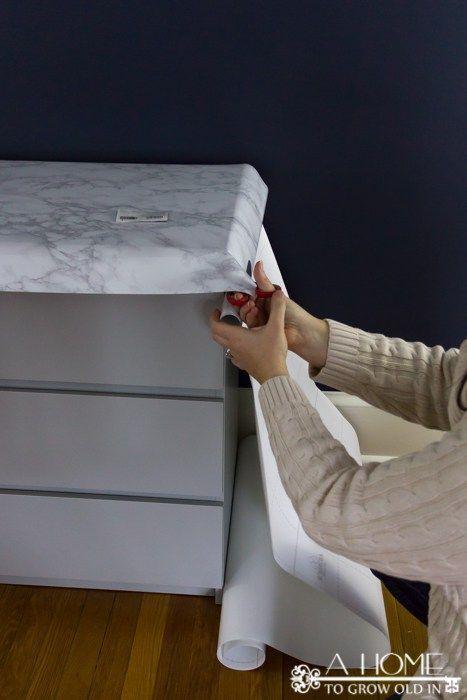 Wie man eine Ikea Malm Kommode mit einer Marmorplatte schmückt