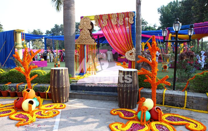 Themes & Decor : Mehndi