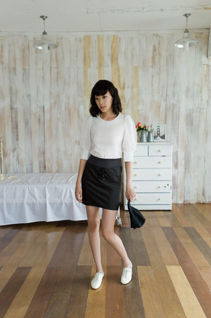 diagonal stitch semi gloss skirt from Kakuu Basic. Saved to Kakuu Basic Skirts. Shop more products from Kakuu Basic on Wanelo.