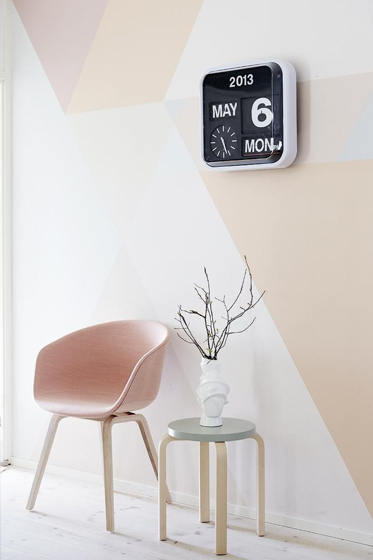 We love the look of an eye-catching geo paint treatment executed in soft, dreamy hues.