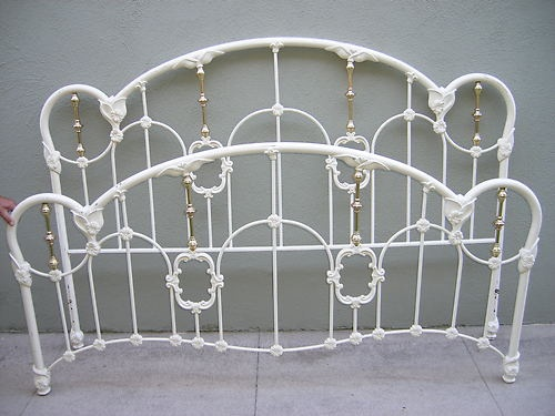 Size iron bed off white victorian design headboard footboard metal bed