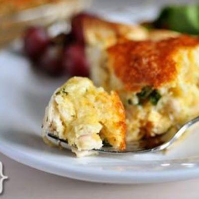 Cheesy Chicken Quesadilla Pie with Picture @keyingredient #cheese #cheddar #pie #chicken #cheesy #casserole