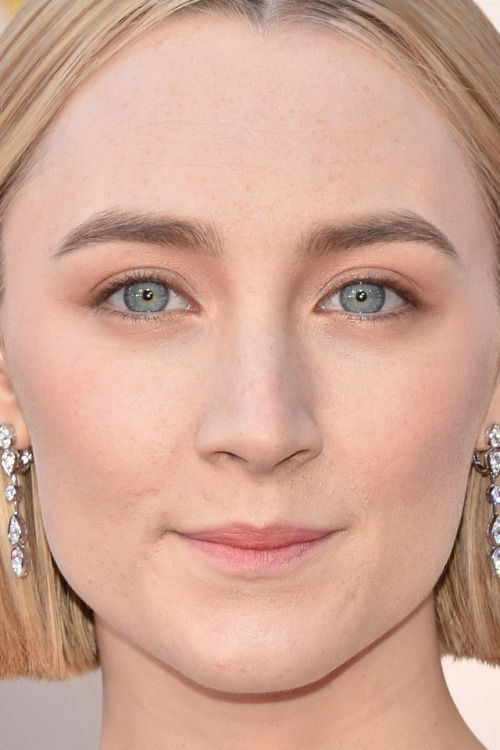saoirse ronan at the oscars saoirse ronan oscars academy awards red carpet makeup celeb celebrity celebritycloseup
